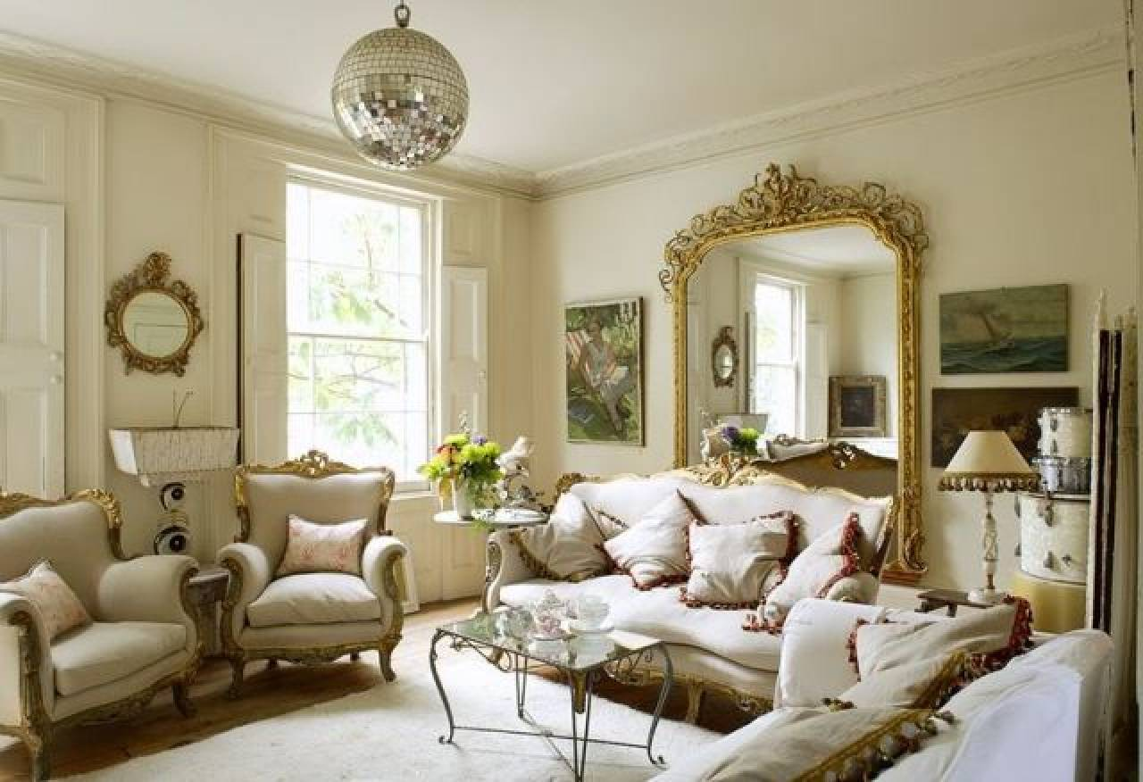Living Room Victorian House Gorgeous Victorian Living Room Has Impossibly Large Mirror Its