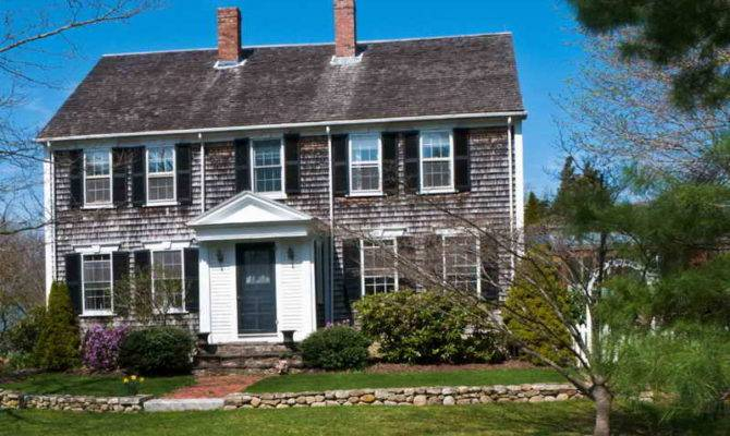 Stunning New England Colonial Home 20 Photos House Plans