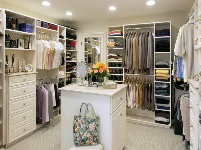 Trendy Small Walk Closet Design Layout Modern House Plans With.