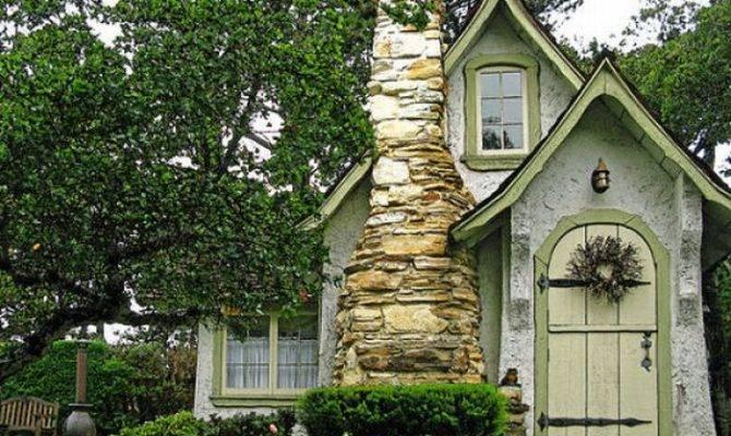 unusual house designs like fairy tales western homes kerala home. beautiful ideas. Home Design Ideas