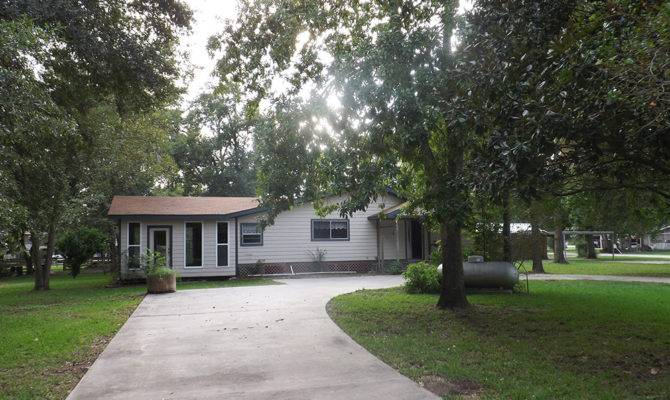 Affordable Waterfront Home Lake Livingston Deer Run Trinity