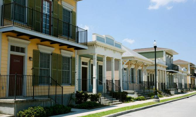 After Katrina New Orleans Public Housing Mix