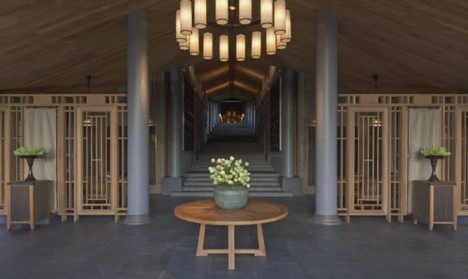 Amanoi Central Pavilion Terrace