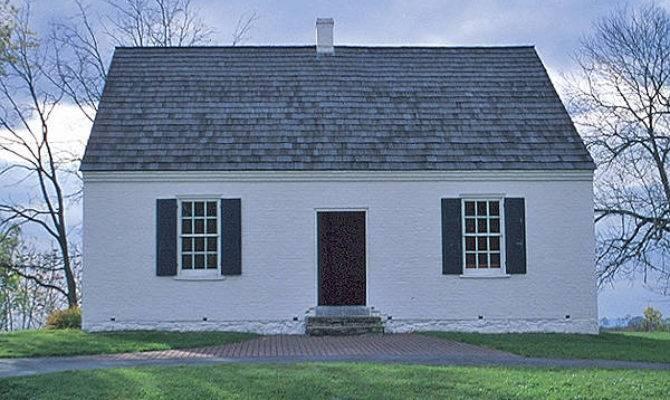 American Colonial Architectural Eras Present