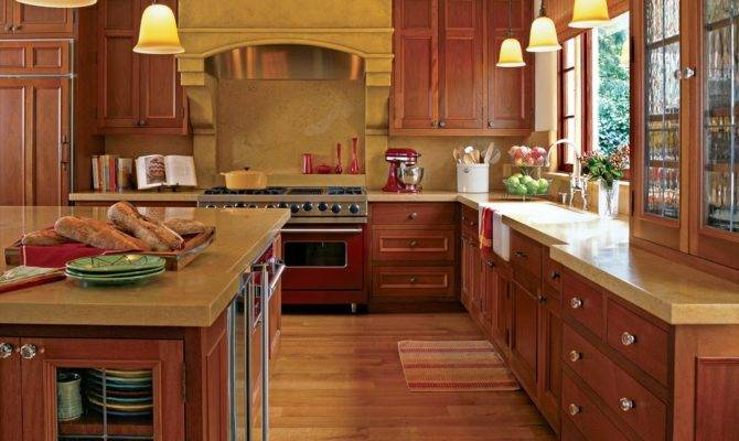 Appealing Traditional Home Kitchens Design