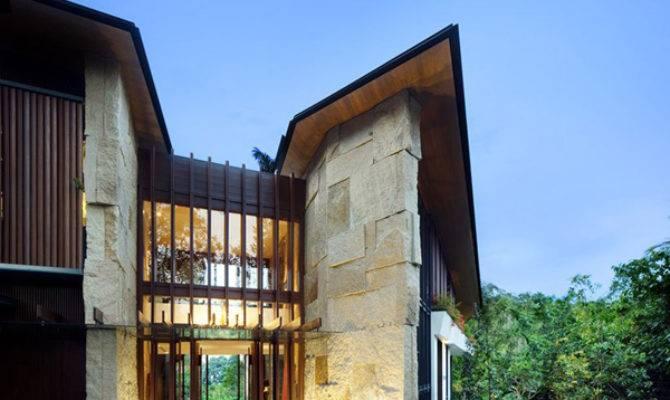 Asian House Design Beautiful Tropical Setting
