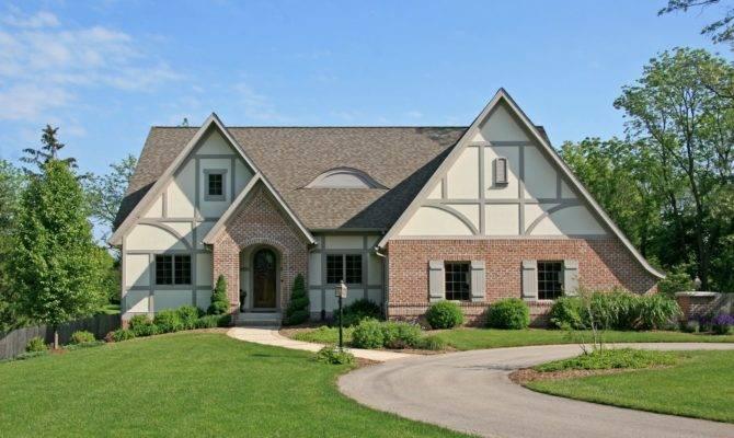 Ask Maria Should Roof Black Tudor Home