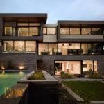 Awarded Contemporary Home Beautiful Garden Toronto Canada