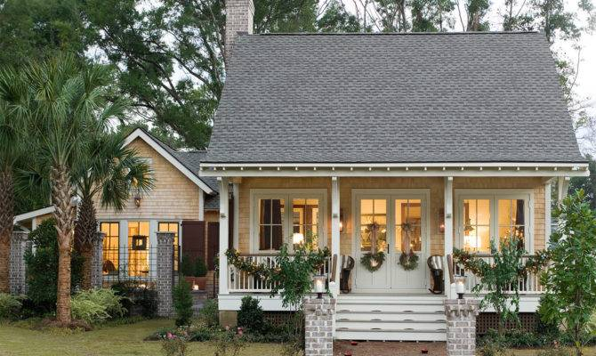 Awesome American Country House Design