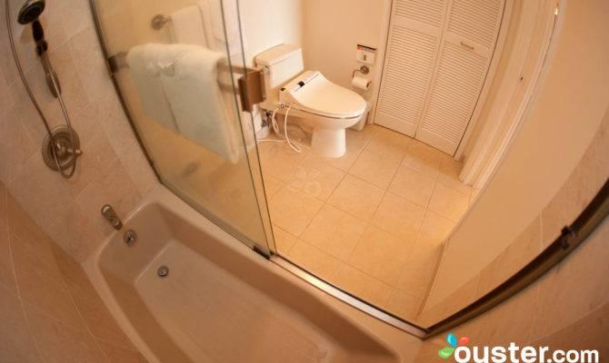 Bathroom One Bedroom Bath Deluxe Oceanfront