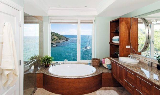 Beach House Bathroom Facemasre