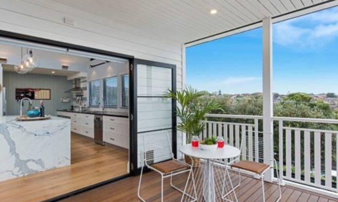 Beach Style Balcony Deck Design Ideas Renovations Photos
