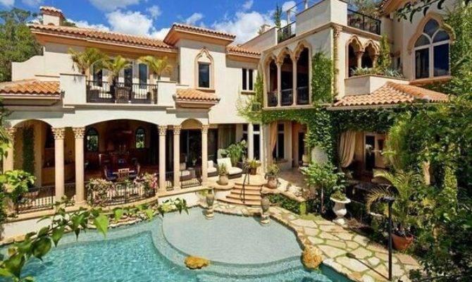 Beautiful Mansion Photos