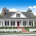 Bed Country House Plan Wraparound Porch