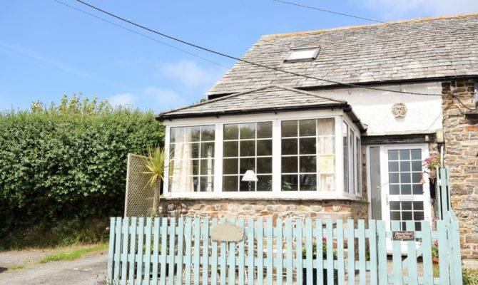 Bedroom Cottage Bude Dog Friendly