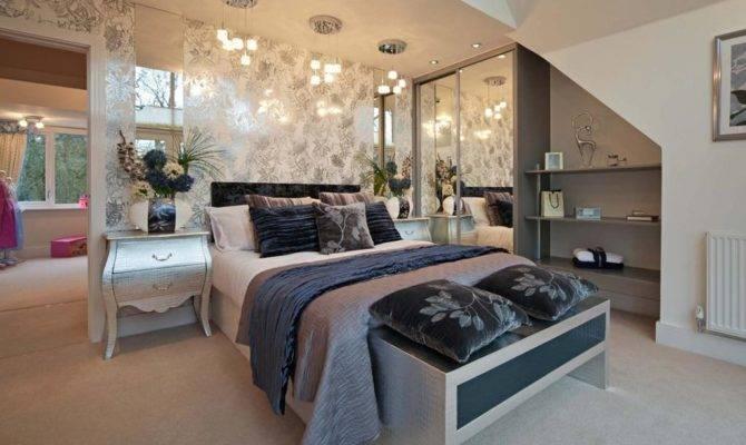 Bedroom Detached House Sale Birling Road