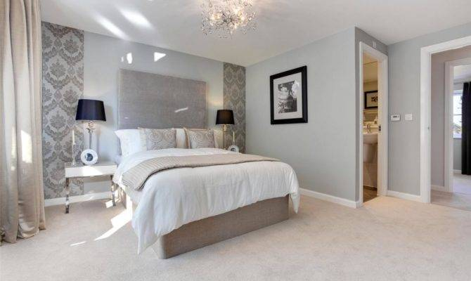 Bedroom Detached House Sale College Green