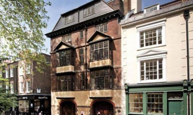 Bedroom House Sale Cloth Fair London