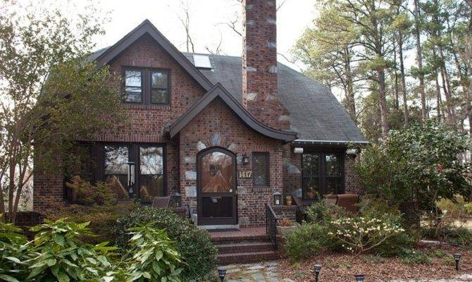 Best Small Tudor Homes Ideas Architecture