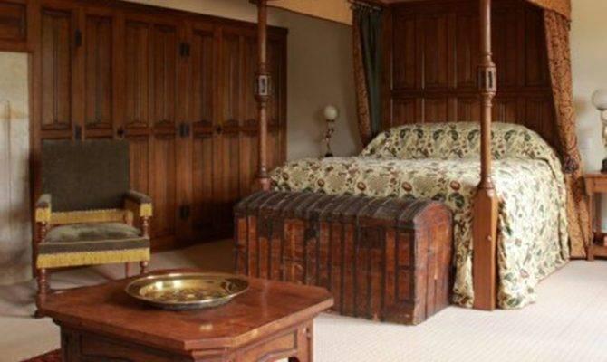 Best Tudor Style Home Interior Design Ideas