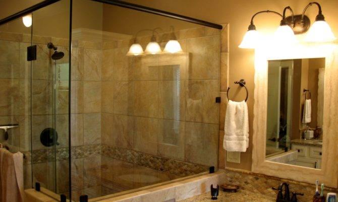 Betsy Ray Master Shower