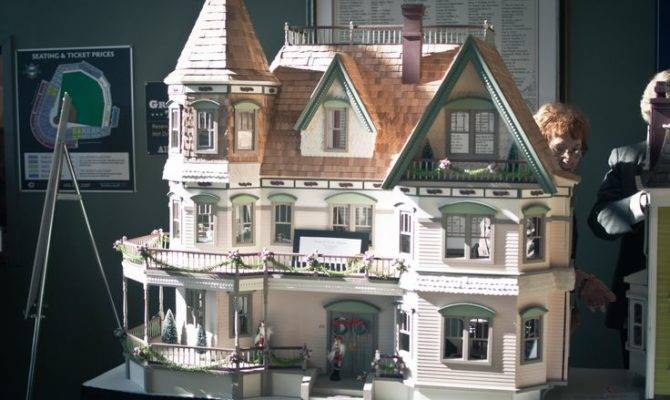 Big Doll Houses Sale Check Out Price