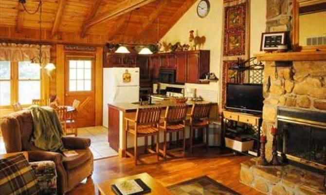 Branson Woods Bedroom Log Cabin