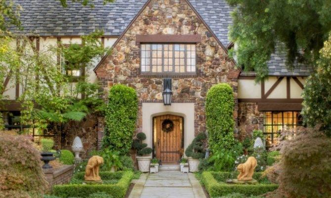 Brick Style Homes Small English Tudor