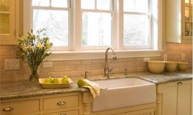 Bright Country Kitchen Crown Point Cabinetry