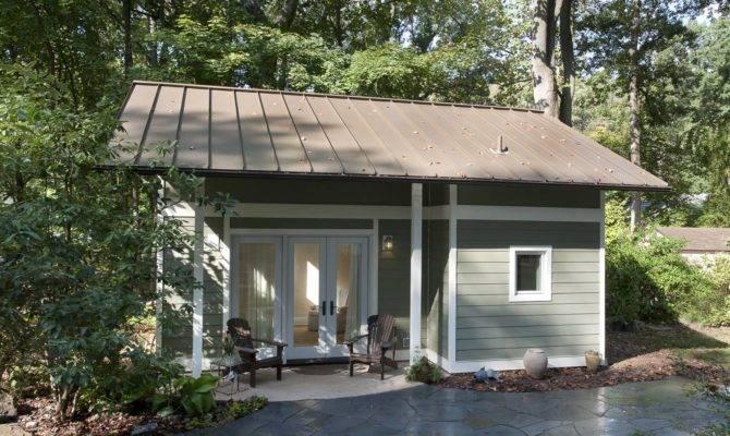 Bright Spacious Little Backyard Cottage Art Design