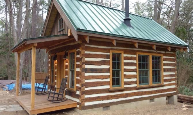 Building Cozy Cabin Under Conquer Fear Live