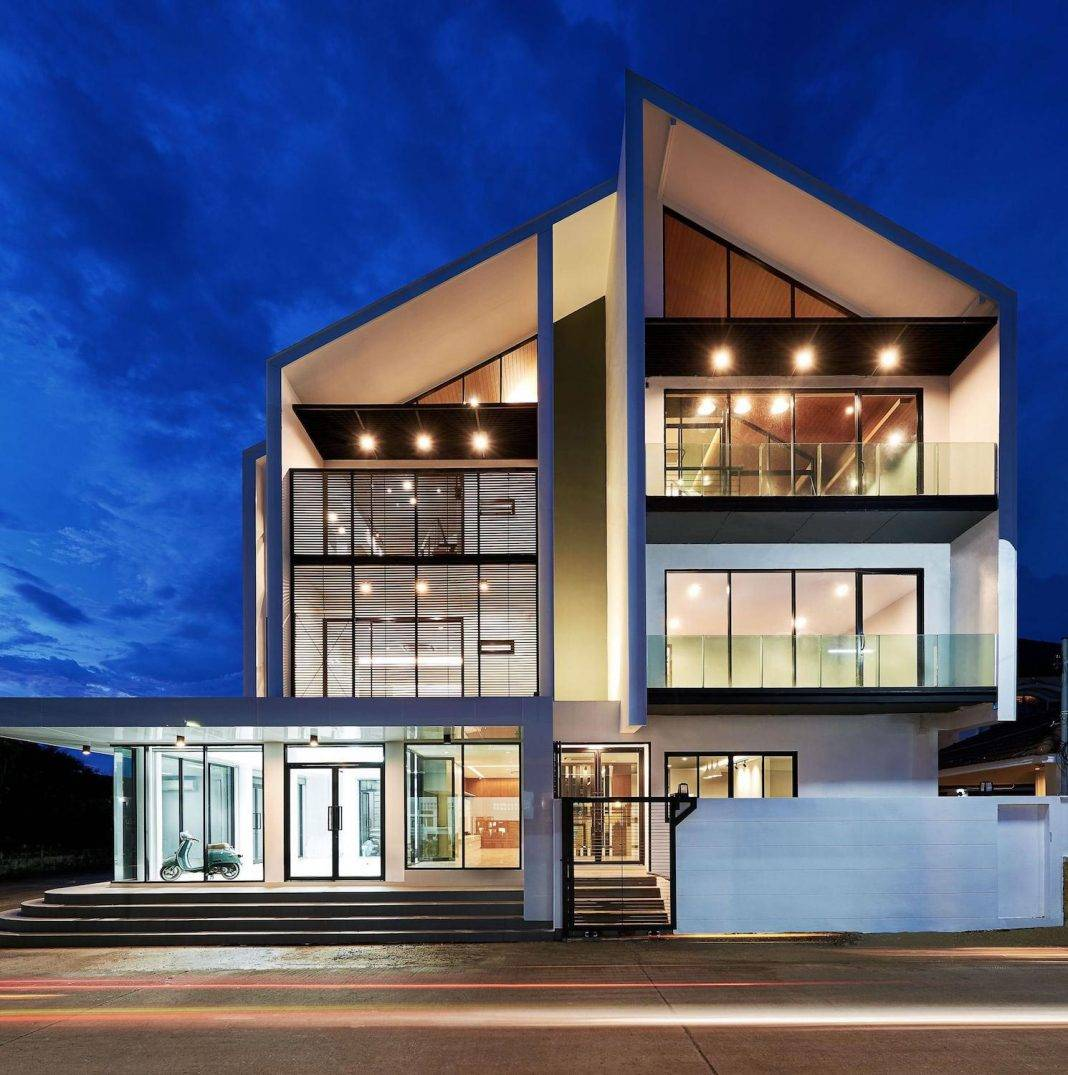 Building Modern Style Combines