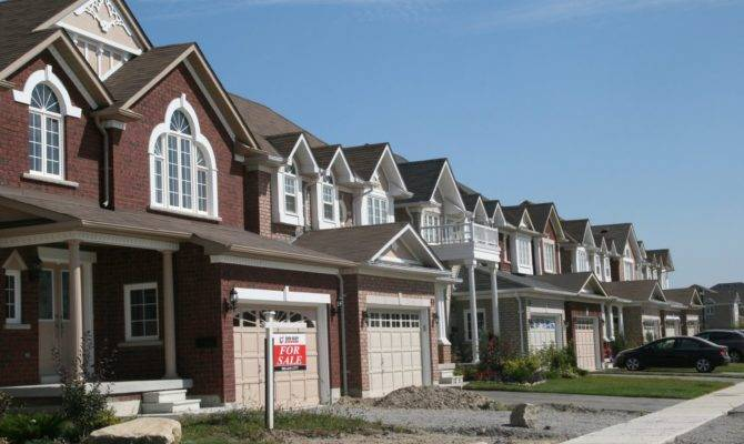 Canada House Prices March Saw Price Spike Calgary