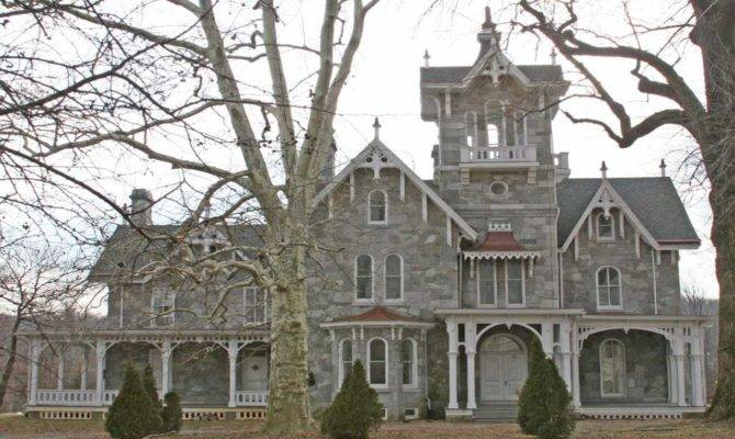 Carpenter Style House Colonial Gothic Victorian