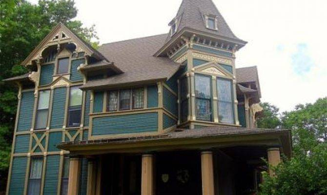 Carpenter Style House Queen Anne Victorian Houses