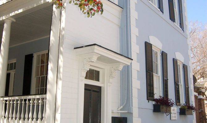 Charleston Bar Overhaul Getting Favorable Reviews