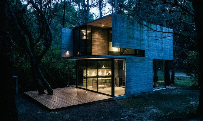 Check Out Stunningly Simplistic House