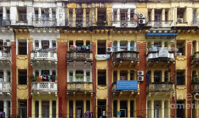 Colonial Facade Pansodan Street Kyauktada Central Yangon