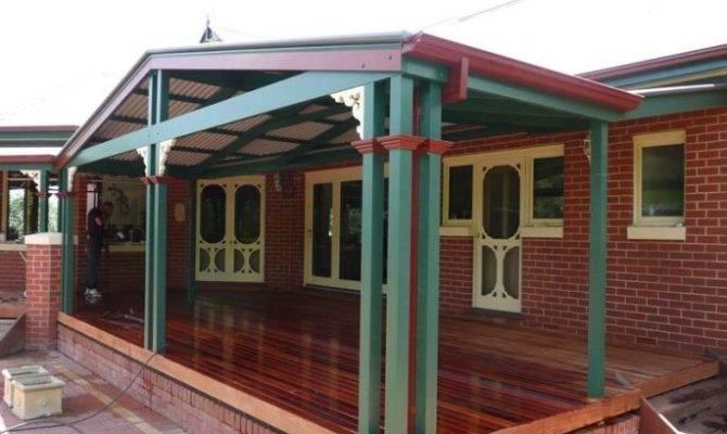 Colonial Style Verandah Extension Blend Sprawling