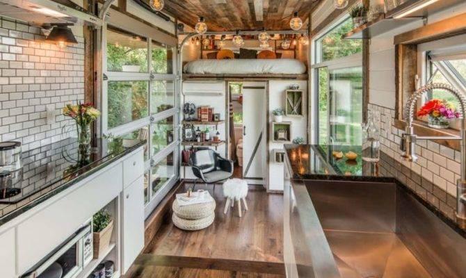 Comfort Luxury Tiny House Format