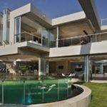 Contemporary Glass House Nico Van Der Meulen Architects