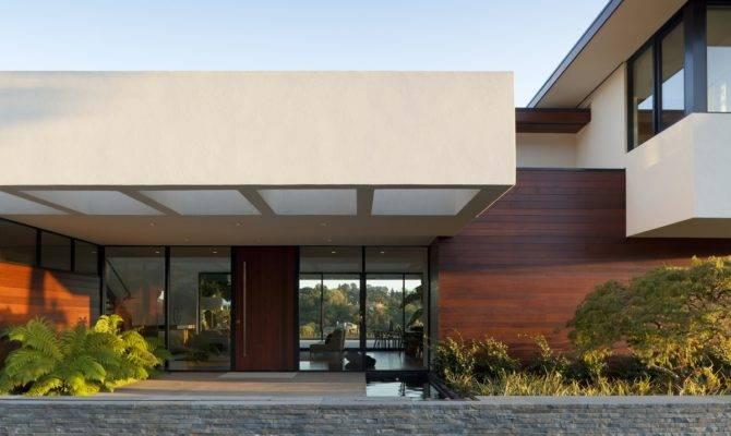Contemporary Single Story House