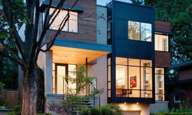 Contemporary Style Home Ottawa Urban Core
