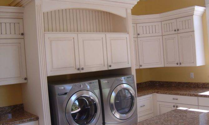Cottage Country Laundry Room
