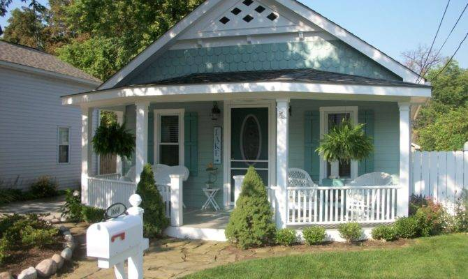 Cottage Redo Winner Old House Curb Appeal Contractortalk