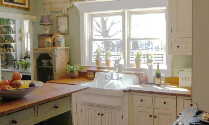 Cottage Style Kitchen Traditional Cincinnati