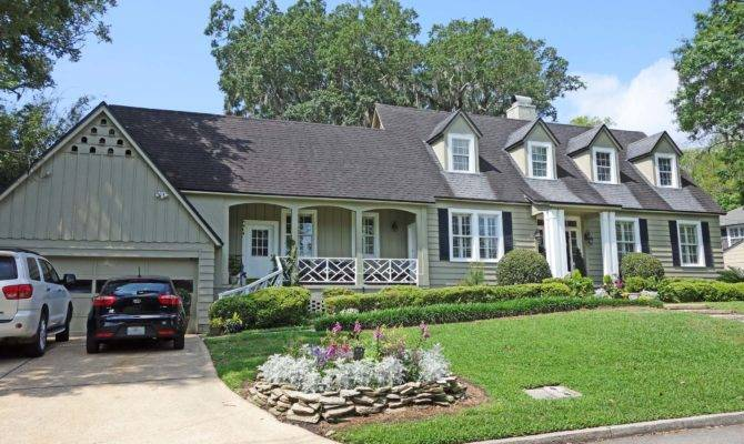 Cottage Style Max Curb Appeal