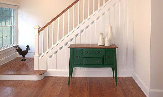 Country Staircase Find More Amazing Designs Zillow Digs Circle