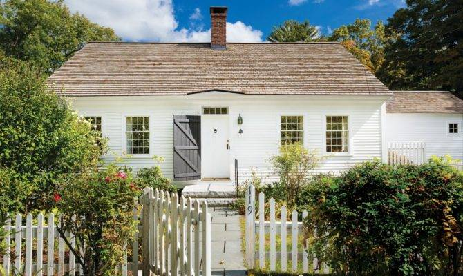 Cozy Cape Cod New England Restoration Design