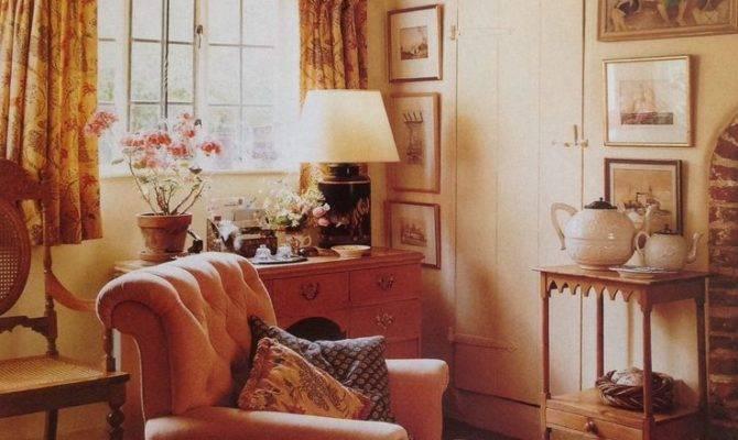 Cozy English Cottage Interiors